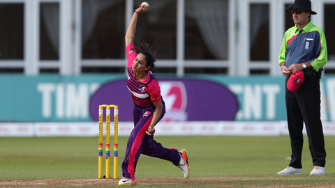a Loughborough Lightning cricketer bowling