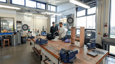 metal fabrication workshop