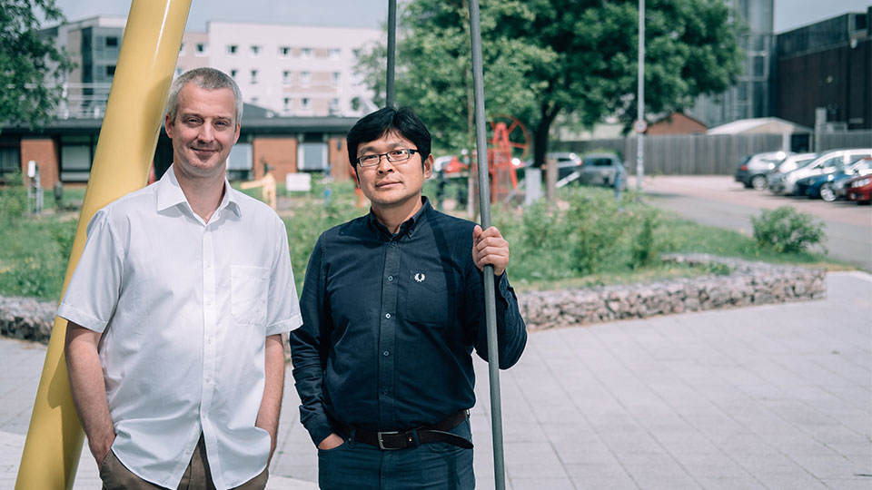 Pictured is Professor Christopher Keylock and Professor Qiuhua Liang.
