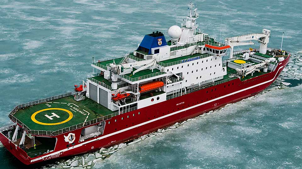 The 134m-long S. A. Agulhas II. Image courtesy of Weddell Sea Expedition.