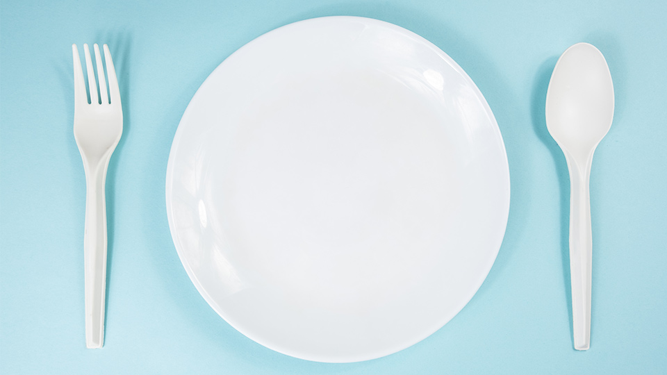 Plate with no food on it