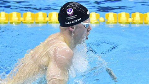 Swimmer James McFadzen recorded a PB in the 200m Freestyle whilst Emily placed 5th in the 50m Freestyle.