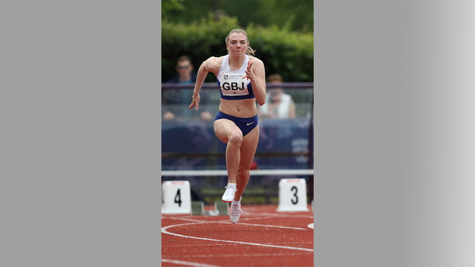 Loughborough scholar Alisha Rees set a new Scottish Indoor 60m record as she took the Scottish National indoor title in Glasgow.