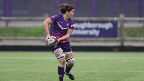 Sarah Hunter in action for Loughborough Lightning