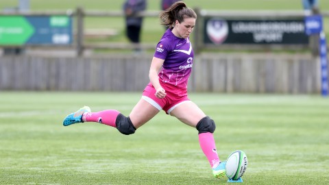 Emily Scarratt in action