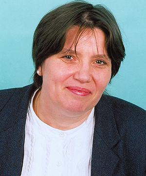 Dr Joanna Szmelter