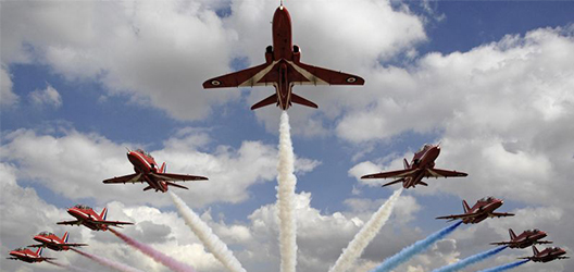 photo of red arrows taking off